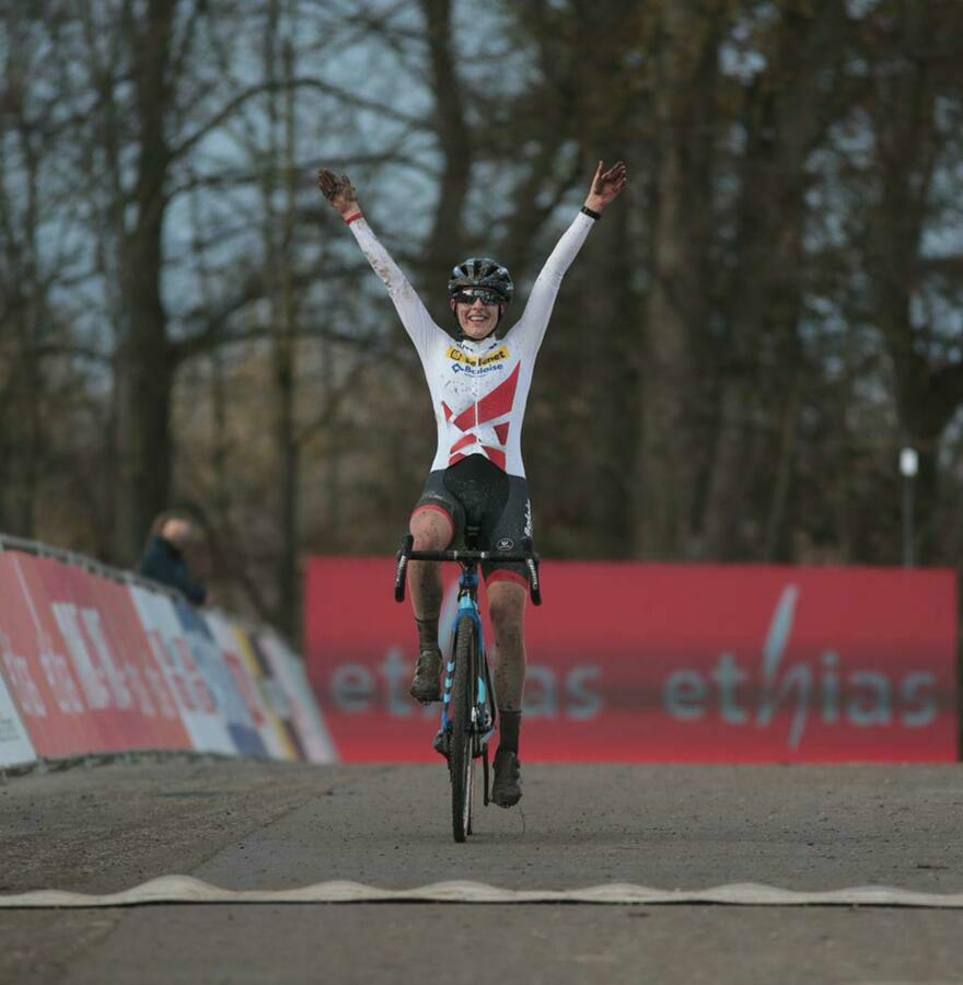 Lucinda Brand continues to win and now also takes the victory in Namur